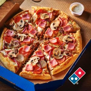 满£40享6.5折独家:Domino's 达美乐 英国最大国民级披萨 新生季外卖好折啦