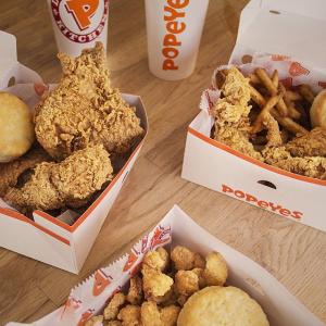 炸鸡套餐$4+低门槛免送餐费Popeyes 近期套餐优惠,订餐满$10即送2块炸鸡