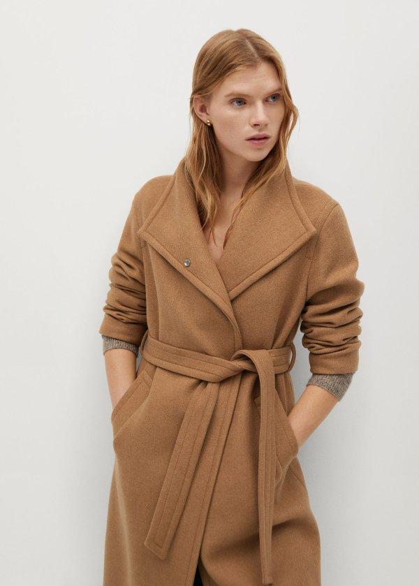 羊毛双排扣大衣