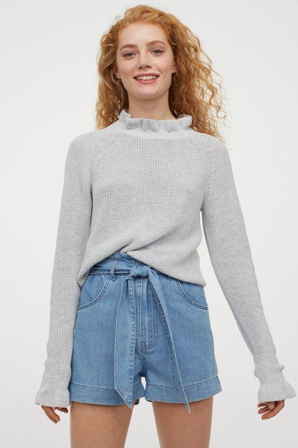 花边领毛衣