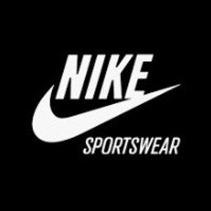 额外8折 + 包邮Nike官网 男女运动卫衣,帽衫都在这里 $24起收