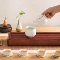6件不透明白玉茶具