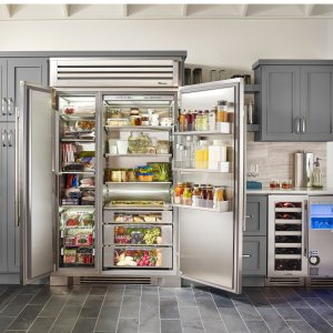 Get Up to $500 Cash Backon a Refrigerator @ AJMadison.com