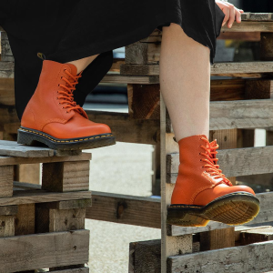$74.99(Org.$140)Dr. Martens Women's 1460 Pascal Mid Calf Boot