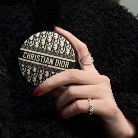 仅售€60 多色号可选补货:Dior 经典老花气垫拼手速 到处买不到但是这里有喔