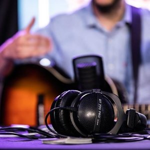 770 16Ω$129, 990 仅$134Beyerdynamic DT 770 Pro/ 990 Pro 监听耳机 低价大促