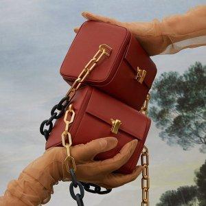 低至6折 拼色斜挎包$139Saks Fifth Avenue 美包热卖 个性小众包包,背出不一样