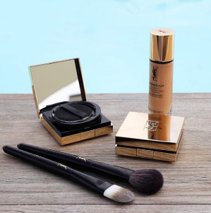 20% OffWith TOUCHE ÉCLAT FOUNDATION