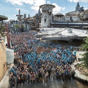 Be the First Take Millennium Falcon Star Wars: Galaxy's Edge Reservation Start at May 2