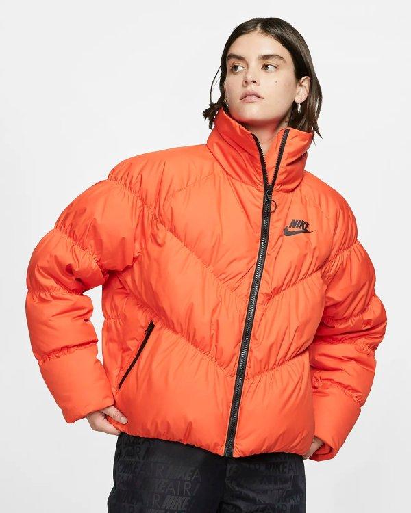 橘色羽绒服