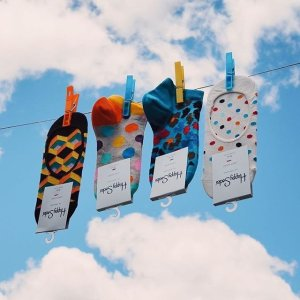 15% Off + Free ShippingDealmoon Exclusive: Happy Socks Sitewide Sale