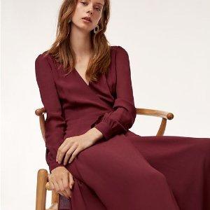 低至4折 $19收百搭高领上衣Aritzia官网 精选美衣、美裙热卖