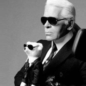 低至7.4折Karl Lagerfeld 包包7.4折热卖 送笔记本