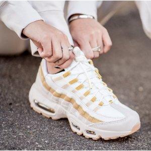 3d2f52b39f2 Nike Air Max 95 女鞋3420036  160.00 - 北美省钱快报