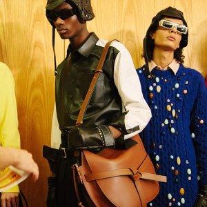 全8折 超软乐福鞋$500+即将截止:Loewe 时尚鞋包、美衣惊喜热促 gate、puzzle直降$600