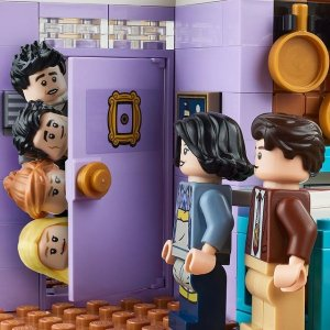 满额加送价值$20滑冰场套装独家:LEGO官网 五月热卖,老友记公寓要来了