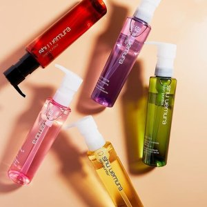 25% Off + Extra 10% Off + Free ShippingDealmoon Exclusive: Shu uemura Cleansing Oil on Sale