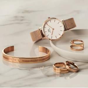 15% Off + Up to $70 OffDaniel Wellington Buy More Save More Evnet