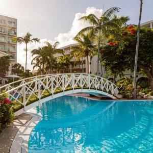 每人$645,立省$620荷属圣马丁岛 双人3晚高级住宿 享法国荷兰文化风情 可全额退款