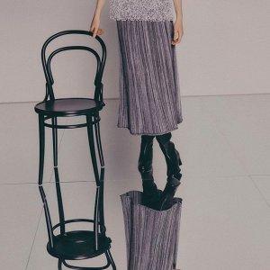 收封面质感美裙COS官网上新 精选男女服装热卖 新年穿新衣