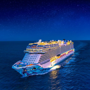 From $289Norwegian Cruise  Line Bahamas Last Minute Deal