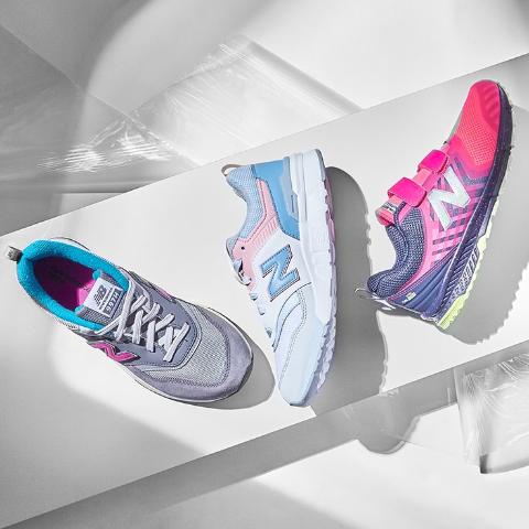 低至3.4折 红色 Huarache Run $59.99New Balance、Air Jordan、Nike 等专业运动品牌童鞋优惠