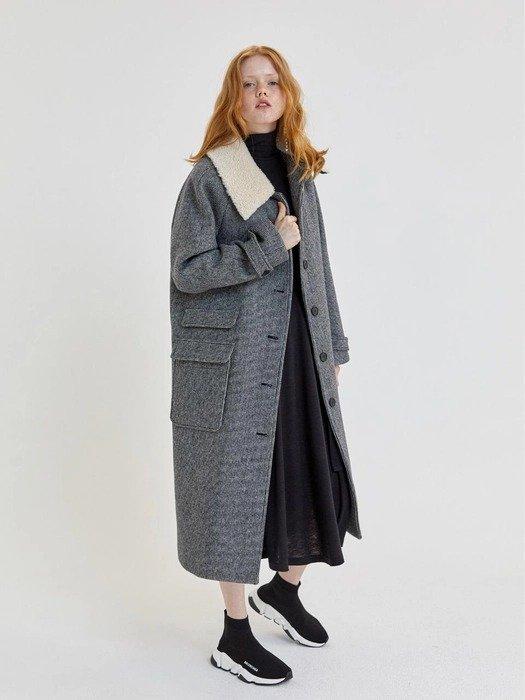 毛领羊毛大衣