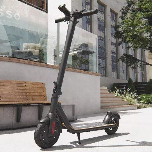 Viron 700PRO 电动滑板车 黑色