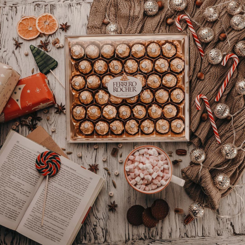24颗礼盒仅£5 椰子礼盒£4闪购:Ferrero Rocher 费列罗巧克力礼盒  白色情人节好价