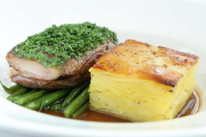 双人三道菜£26.5 原价£65纽卡斯尔Marco Pierre 意式牛排大餐+鸡尾酒