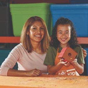 制作 小鸟屋预告:4月 Home Depot 免费的儿童手工活动