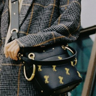 Earn Up to a $700 Gift Cardwith Chloé Handbags Purchase @ Saks Fifth Avenue