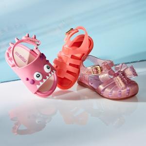 Mini Melissa 上新,春夏童鞋吸睛又舒服 收Jason Wu 合作款