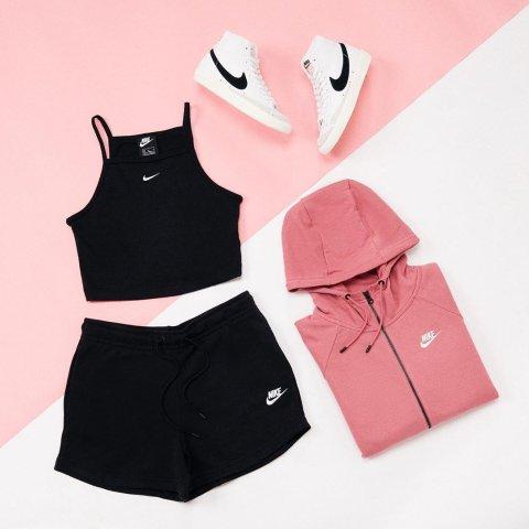 Up to 70% OffBelk Nike Sale