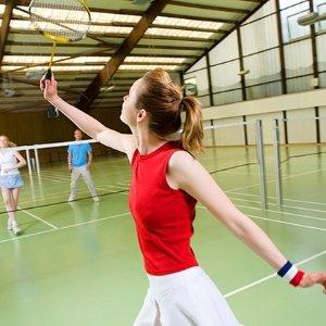 团购价$19(原价$52)悉尼 Victor Badminton Centre 羽毛球场地+球拍租赁