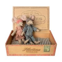 MAILEG 睡觉中的老鼠粑粑麻麻布艺玩偶