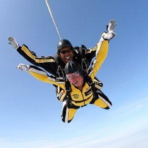 仅$99起 跳伞初体验首选加州萨克拉门托 高空跳伞体验 9000英尺/13000英尺可选