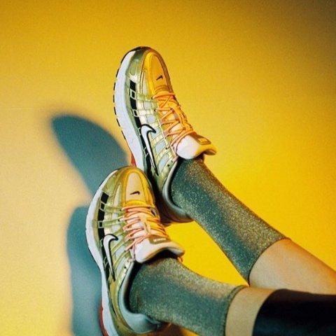 低至3折或直减£60 正价加入折扣 靴子£40起补货:Urban Outfitters 潮鞋专场 老爹鞋靴子都有 收Dr. Martens、FILA、匡威、阿迪等