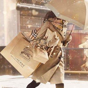 最高享8.8折 彩虹系列也参加Burberry 全线美衣美包、配饰热卖