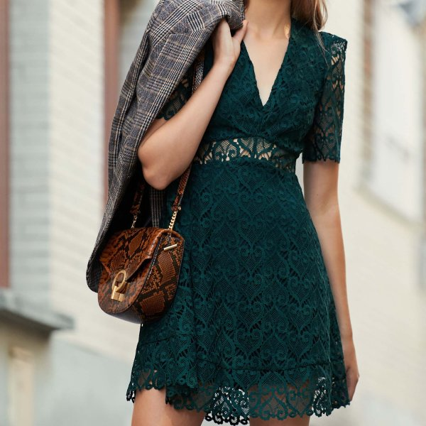 墨绿色蕾丝裙