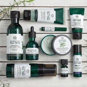 低至75折 茶树精油系列补货The Body Shop 官网每日折扣 茶树精油120式皮肤救护