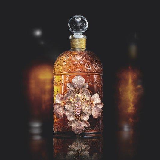 娇兰全球限量13瓶新香 6500颗宝石镀金兰花娇兰全球限量13瓶新香 6500颗宝石镀金兰花