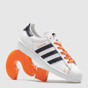 adidas Originals满£100享8折Superstar 双拼色