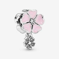 Pandora 花朵串珠