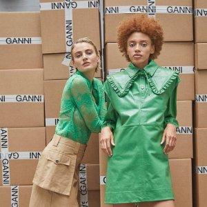 Up to 70% OffBlue&Cream Designer Flash Sale