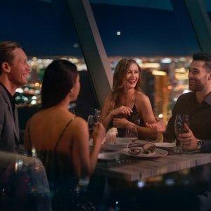 $88.25/人 含四道式晚餐拉斯维加斯云霄塔酒店塔顶旋转餐厅  俯瞰拉斯全景