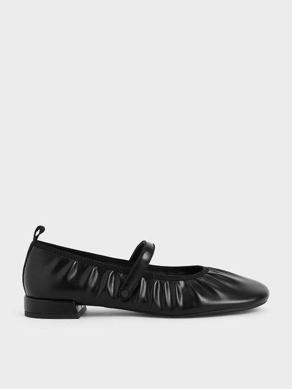 褶皱平底玛丽珍鞋