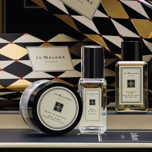 Enjoy a 3-piece GiftJo Malone London Fragrance Sale