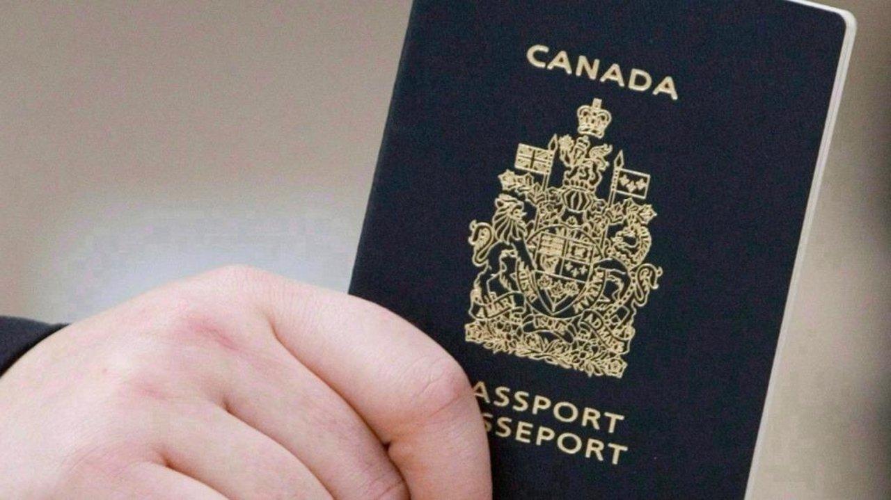 加拿大护照办理流程 | 成人、儿童、新生儿如何办理、更新加拿大护照?