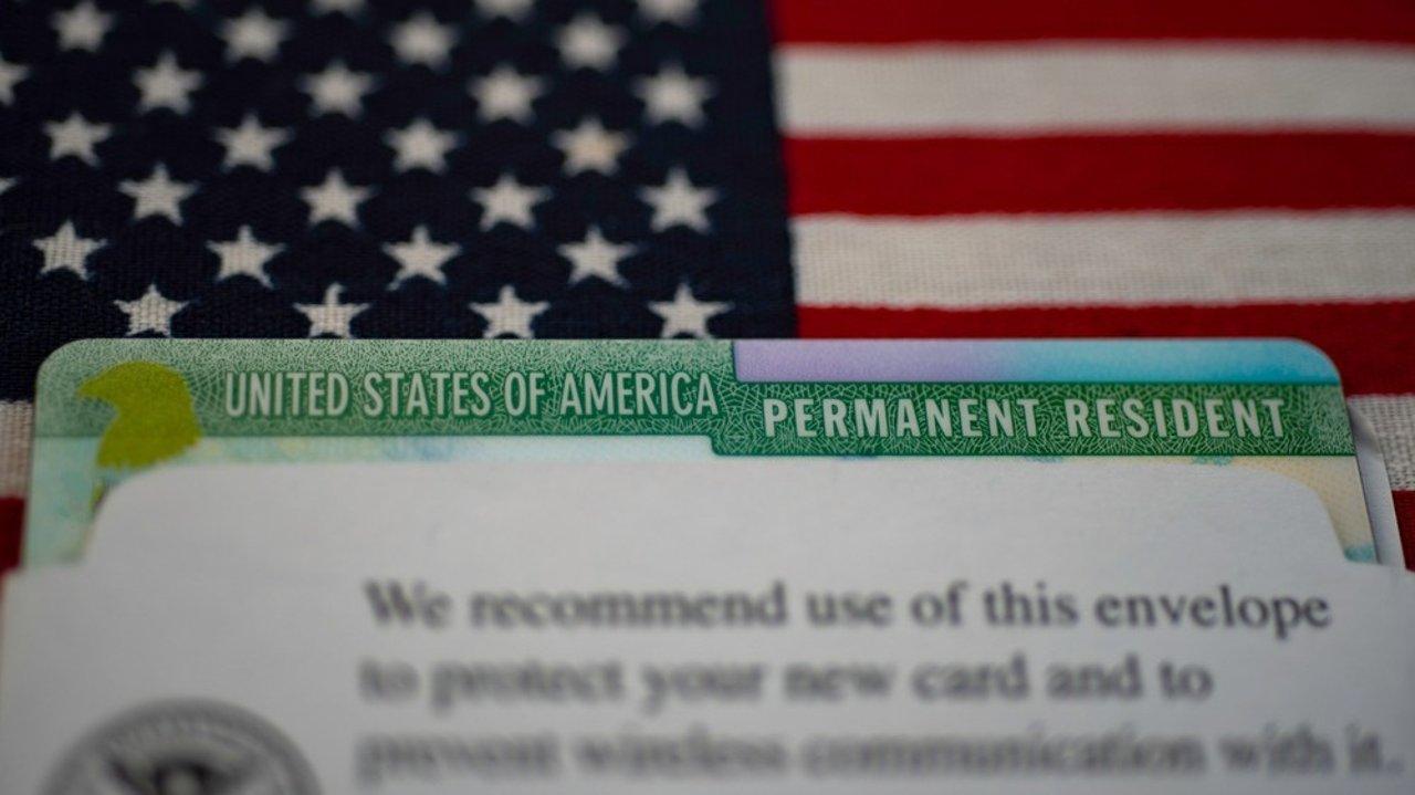 """更新:提案未通过!美国移民新提案遭到否决,最低$1500""""插队""""拿绿卡方案不被采纳"""